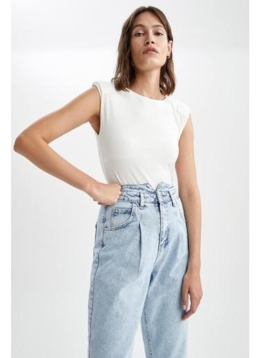 DeFacto Vatka Omuzlu RelaxFit Bodysuit Beyaz
